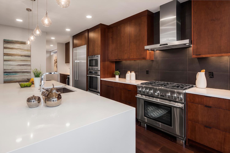 Kitchen & Family Room (photo 4)